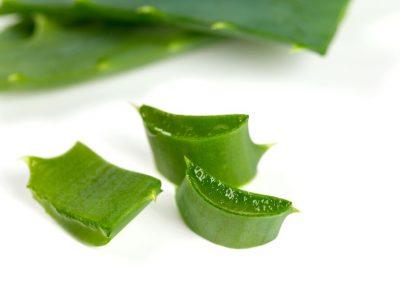 Para sanar la irritación en la piel causada por las navajas